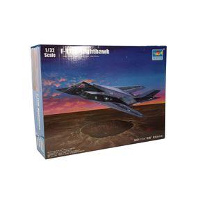 Kit-Plastico-F-117A-Nighthawk-1-32---Trumpeter