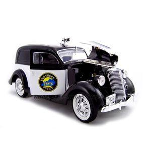 1935-FORD-SEDAN-DELIVERY-VAN-POLICE-1-43
